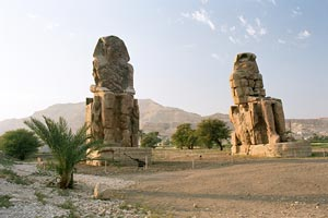 Colossi of Memnon, guarding the passage to Theban Necropolis - Luxor, Egypt - Photographer: Przemyslaw Idzkiewicz