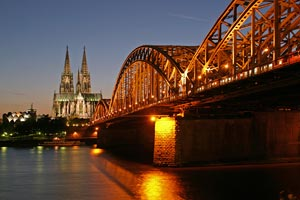 Bridge over Rhine and Cathedral, Cologne, Germany - Photographer: Thomas Robbin