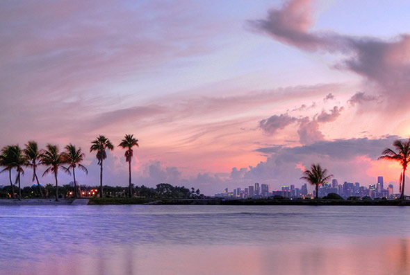 Matheson Hammock & Miami Skyline - Photographer: joiseyshowaa